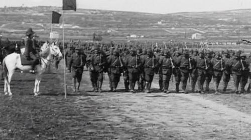 Osmanų Turkija pradeda džihadą, 1914 m.